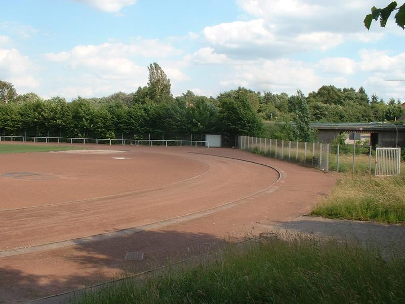 Sportplatz Auf der Heide  (01.04.-30.09.)